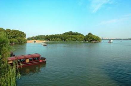 杭州西湖、乌镇水乡巴士2日跟团游西湖美景  天天发班