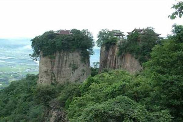 江油窦团山