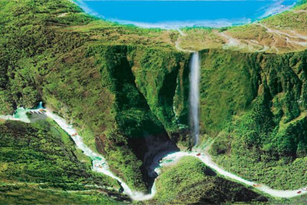 清远古龙峡漂流国际漂流赛场万丈崖大瀑布