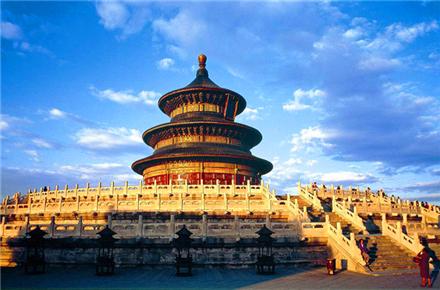 北京天安门、毛主席纪念堂、故宫、长城、奥林匹克公园、天坛、颐和园巴士5日当地游24小时免费接送 全程无购物 入住精致酒店不挪窝 慢游不起早