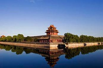 北京、天安门、八达岭5日双动跟团游庄严升旗仪式,登八达岭长城当好汉,赠送天安门集体照