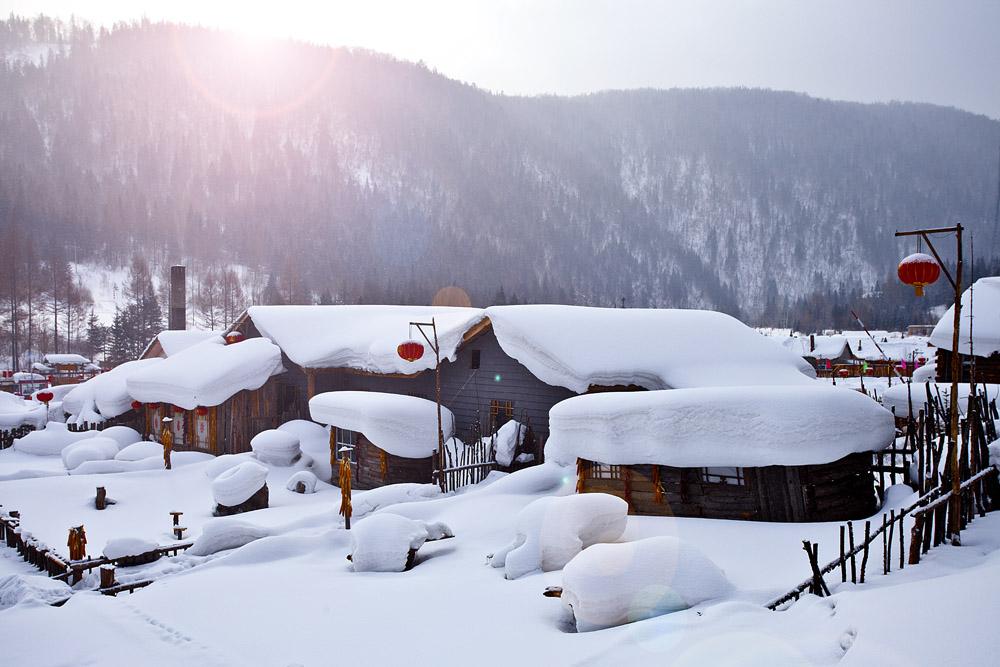哈尔滨、亚布力、雪乡、长白山、雾凇、万达5小时滑娱雪巴士7日当地游升级2晚5星,雾凇 温泉 水乐园 包...