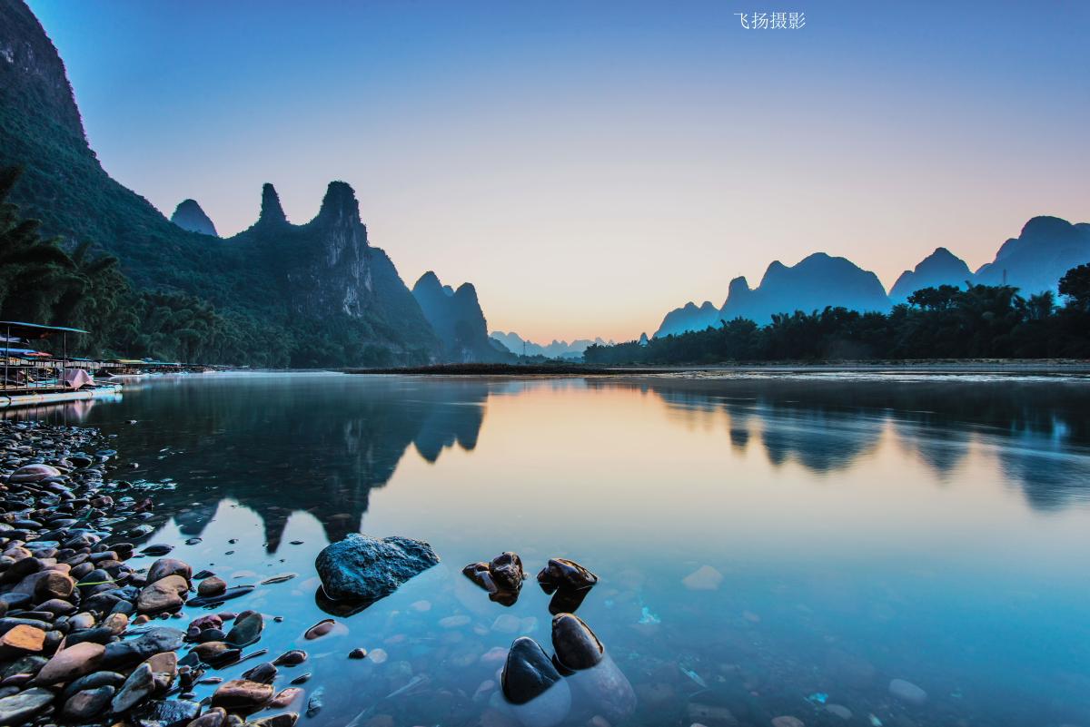 桂林、阳朔、漓江双飞5日跟团游漓江徒步之旅,让你体验不一样的桂林山水