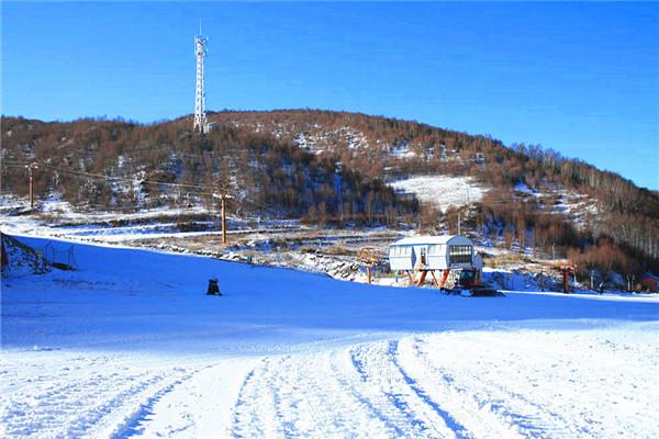 河北崇礼长城岭滑雪场