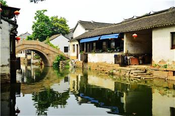 周庄水乡、沈厅,双桥1日巴士跟团游纯玩无购物