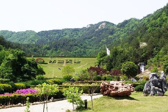 木兰天池高峡风情、木兰文化巴士1日游看青山绿水,湖北的九寨沟