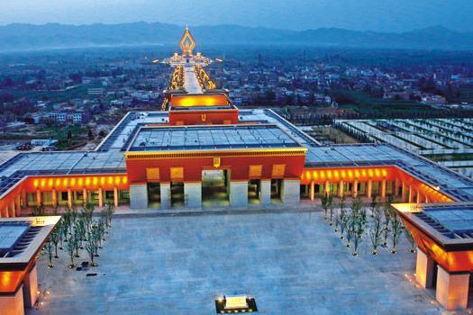 法门寺、兵马俑、华清宫6日双卧跟团游观自己创造的世界第八大奇迹——兵马俑