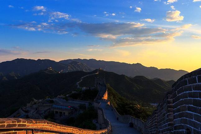 北京故宫博物馆,天安门广场,八达岭长城,鸟巢等纯玩一日游巴士1日当地游