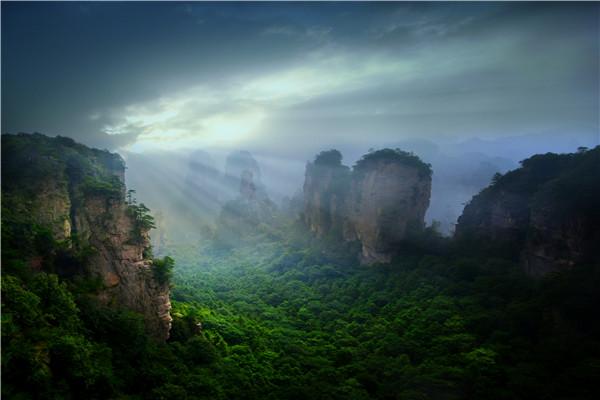 张家界核心景区武陵源(张家界国家森林公园)黄石寨