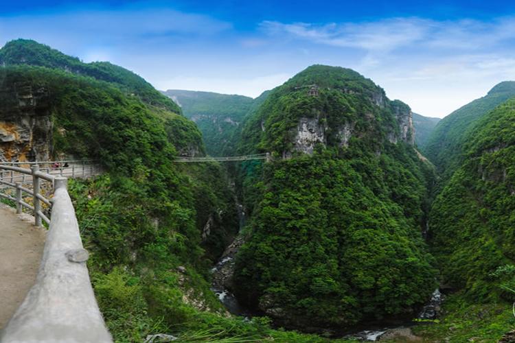 恩施石门河景区 纯玩巴士1日游[自由体验9D玻璃桥]探索神秘-石门河、告别走马观花、轻松游!