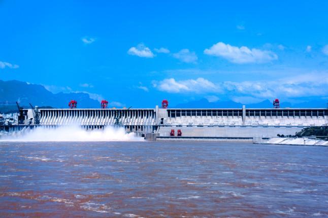 三峡大坝1日跟团游[2019热卖]观赏宏伟三峡大坝,感叹盛世高峡平湖。