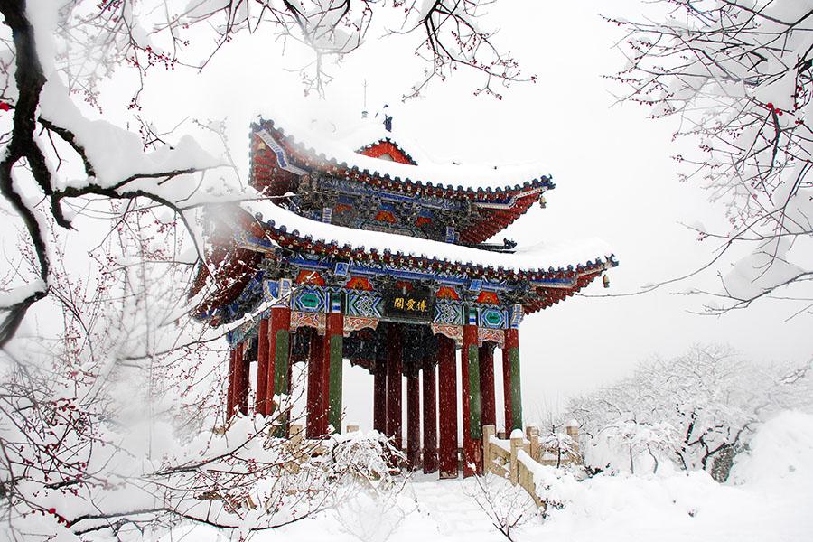 南京明孝陵风景区神功圣德碑碑楼
