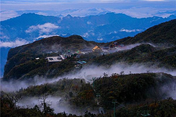 张家界天门山国家森林公园公路奇观