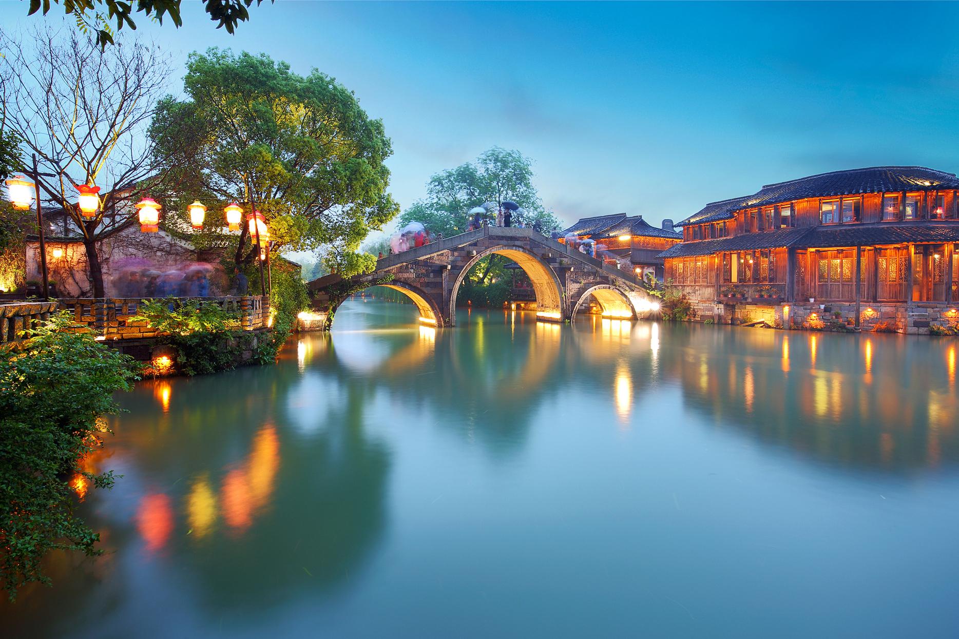 上海、苏州、杭州、乌镇4日深度游国际豪华酒店 夜宿乌镇 餐标50元 接送一条龙