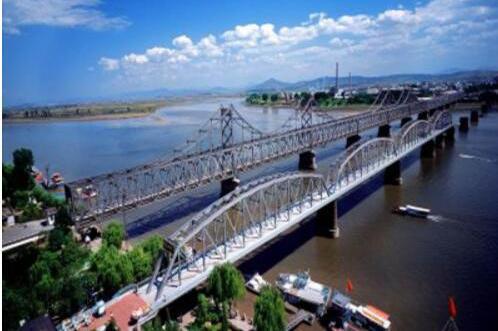 丹东鸭绿江断桥景区