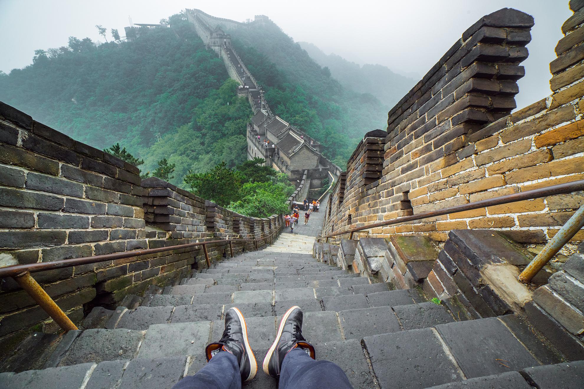 北京八达岭长城定陵1日深度游纯玩无购物、五环内免费接