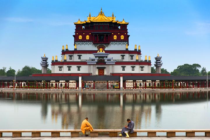 灵山大佛藏传佛教文化奇观五印坛城