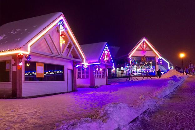 西岭雪山1日巴士游[错峰出行、滑雪更酣畅]含往返巴士车位+西岭雪山夜场门票、索道、滑雪套票