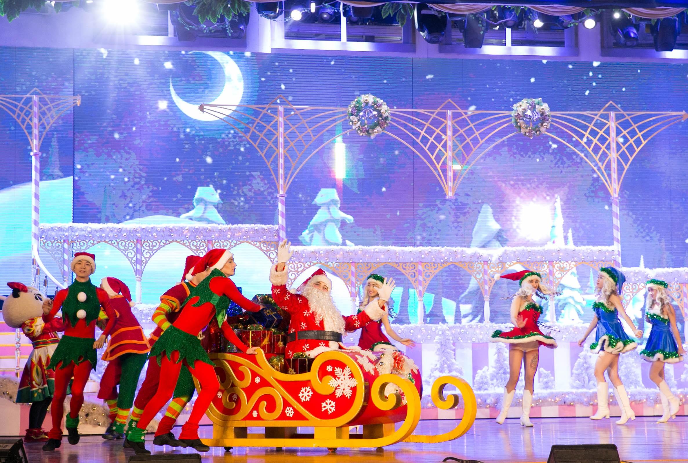 罗蒙环球乐园罗蒙环球乐园圣诞节