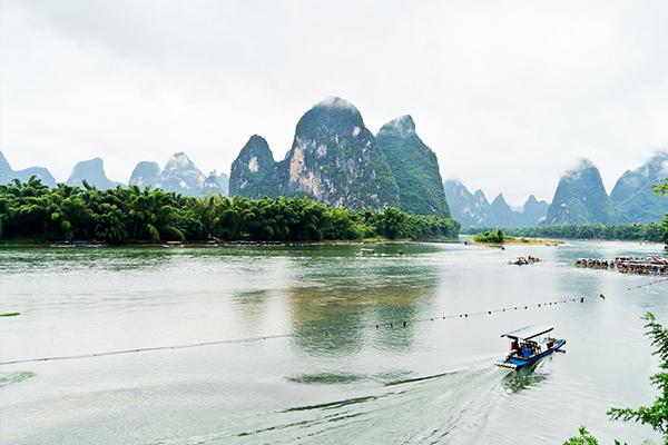 漓江、古东、象山、银子岩、阳朔动车4日3晚跟团游