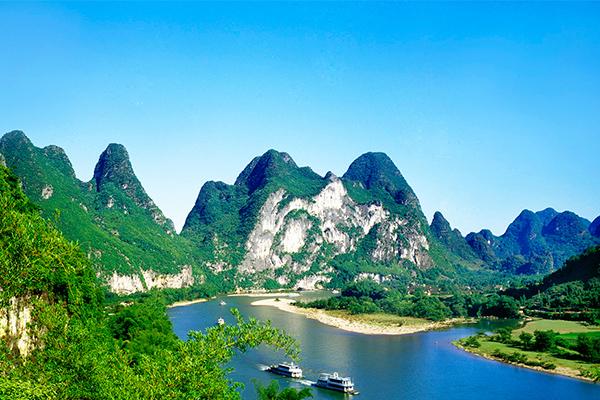 漓江、象山、印象刘三姐、阳朔西街动车4日3晚跟团游