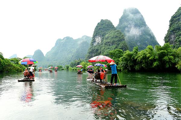 桂林漓江、遇龙河、象山、阳朔动车4日3晚经典游