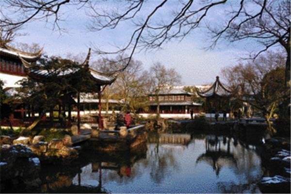 上海豫园半日游看见中国园林建筑细节之,体验古人生活之品味。