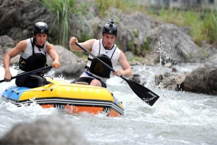 九畹溪漂流1日游惊险刺激、跌岩起伏、惊险绝伦