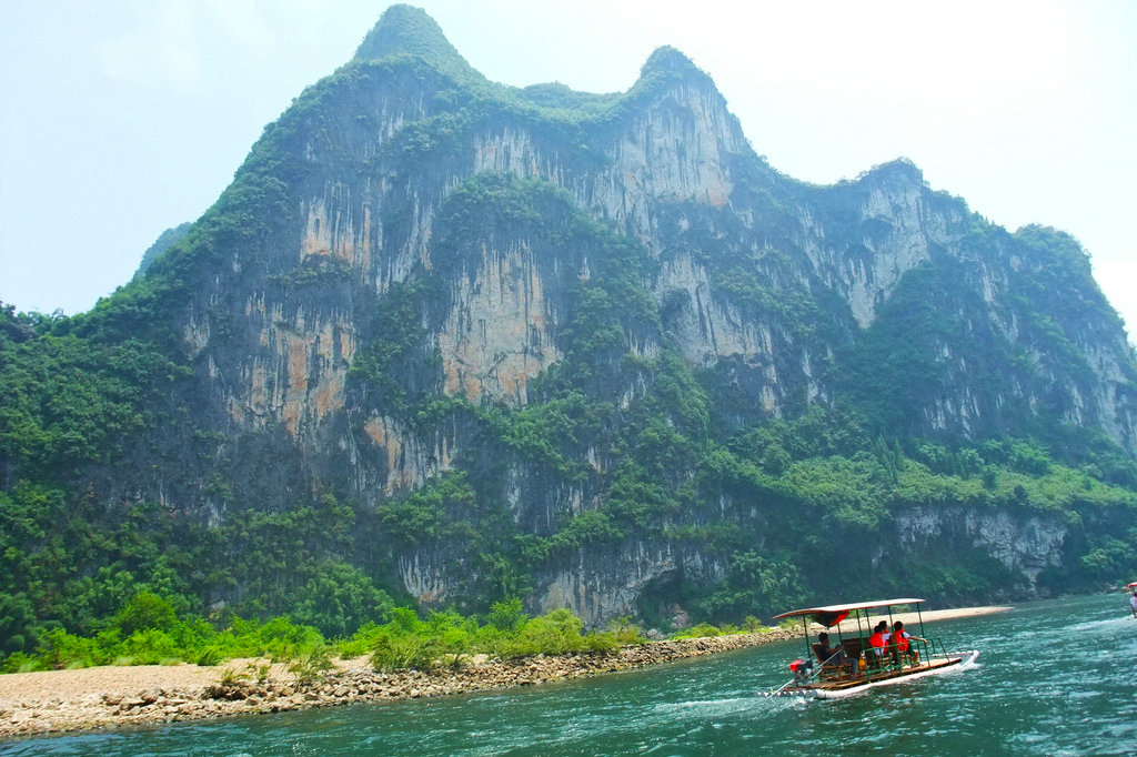 杨堤-九马竹筏漂流、银子岩1日跟团游