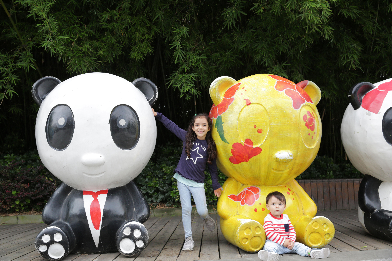 成都熊猫基地-都江堰纯玩巴士1日游[优品-VIP专享]小团,一座可以吃的博物馆,赠熊猫伴手礼