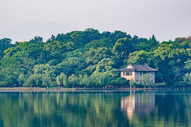 春节 西湖游船、狮子林、鼋头渚3日巴士跟团游[寻觅古镇遗韵]体验园林之美