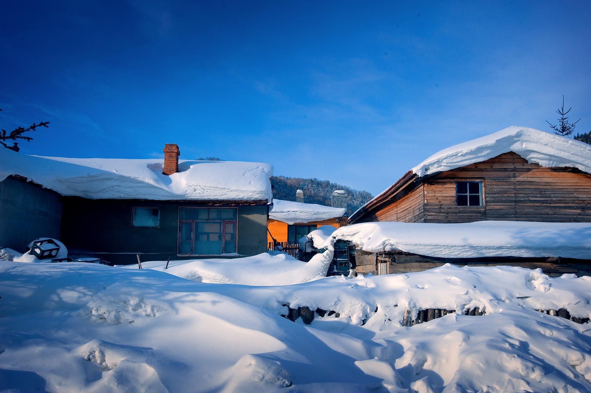 哈尔滨、雪乡、大雪谷、威虎寨双飞6日5晚跟团游[超值预售]赠送二次滑雪、品俄式西餐,一车一导不走回头路