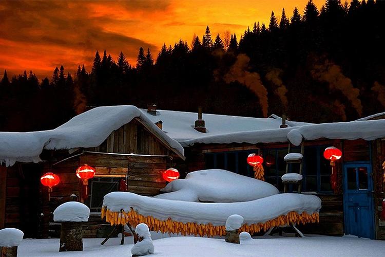 哈尔滨、雪乡、冬捕、雾淞、温泉滑雪高铁5日跟团游全新线路升级、真真正正无购物无自费、全程汽车、保证品质、升级两晚酒店、温泉SPA、赠送暖心大礼包