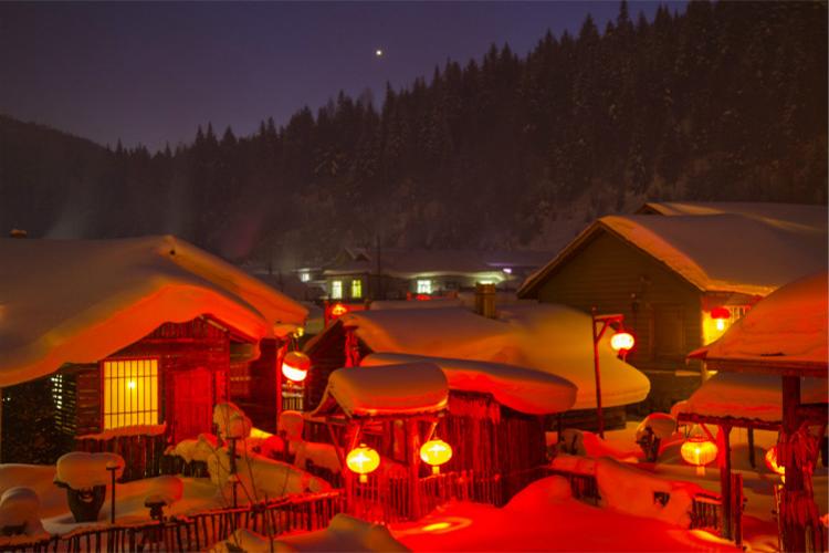 哈尔滨、雪乡、冬捕、雾淞滑雪、沈阳火车5日跟团游全新线路升级、全程无购物、保证品质、赠送暖心大礼包