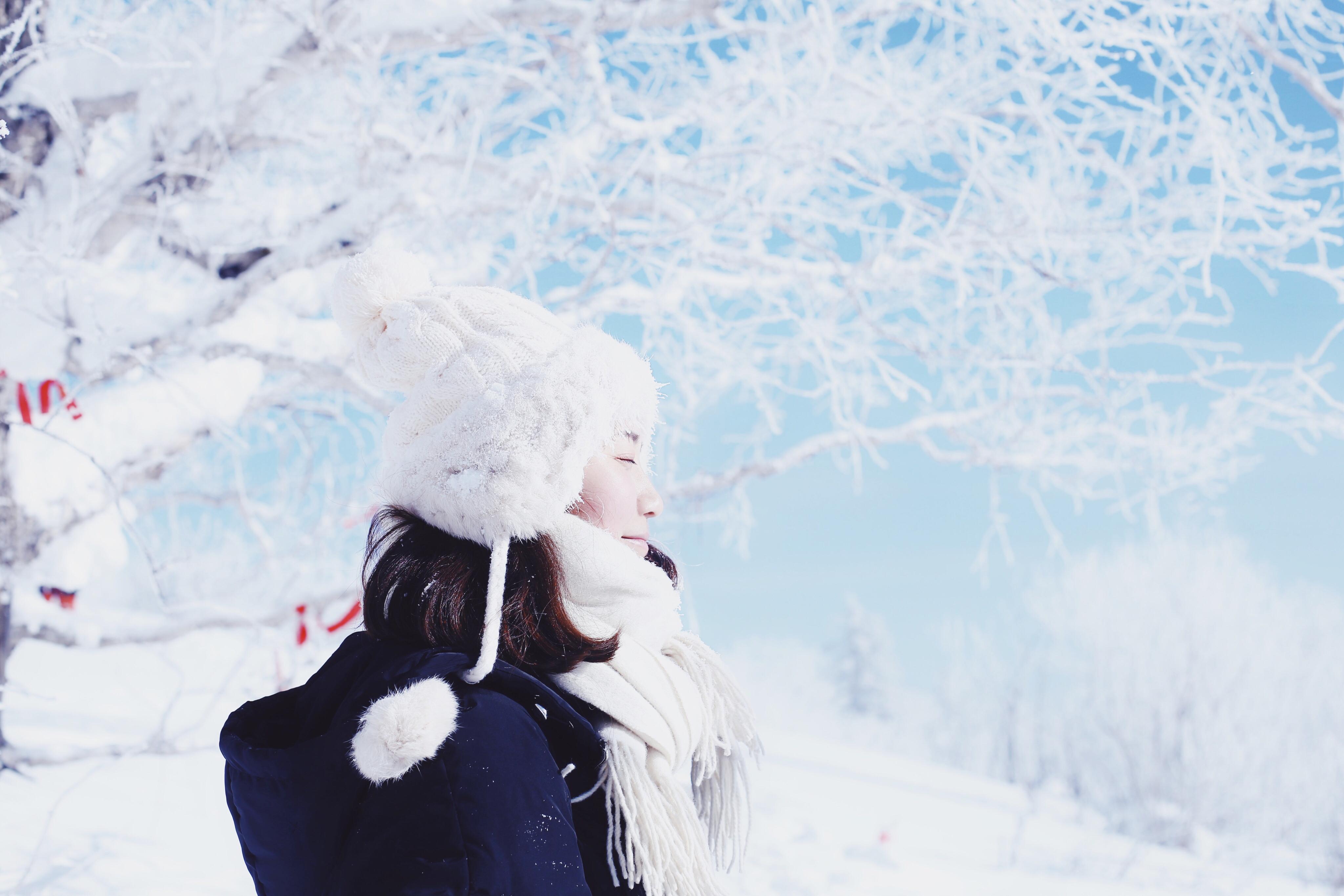 哈尔滨、亚布力滑雪、雪乡、露水河漂流、镜泊湖、雪浴温泉、长白山巴士7日深度游户外徒步 露水河漂流 雪乡观景 2晚温泉酒店 2晚特色民宿  赏雾凇 观二人转