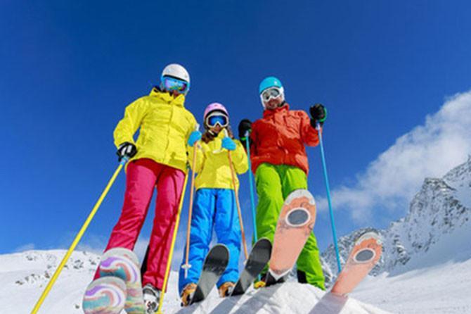 神农架国际滑雪场1日巴士跟团游[信趣旅游]无自费上门接送品土家腊蹄