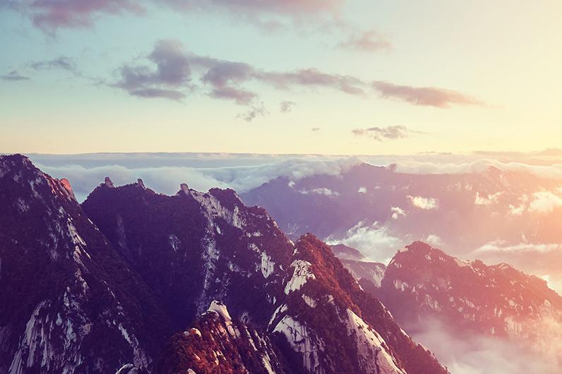 西岳华山一日西上北下索道往返1日当地游赠登山营养餐,登山手套,