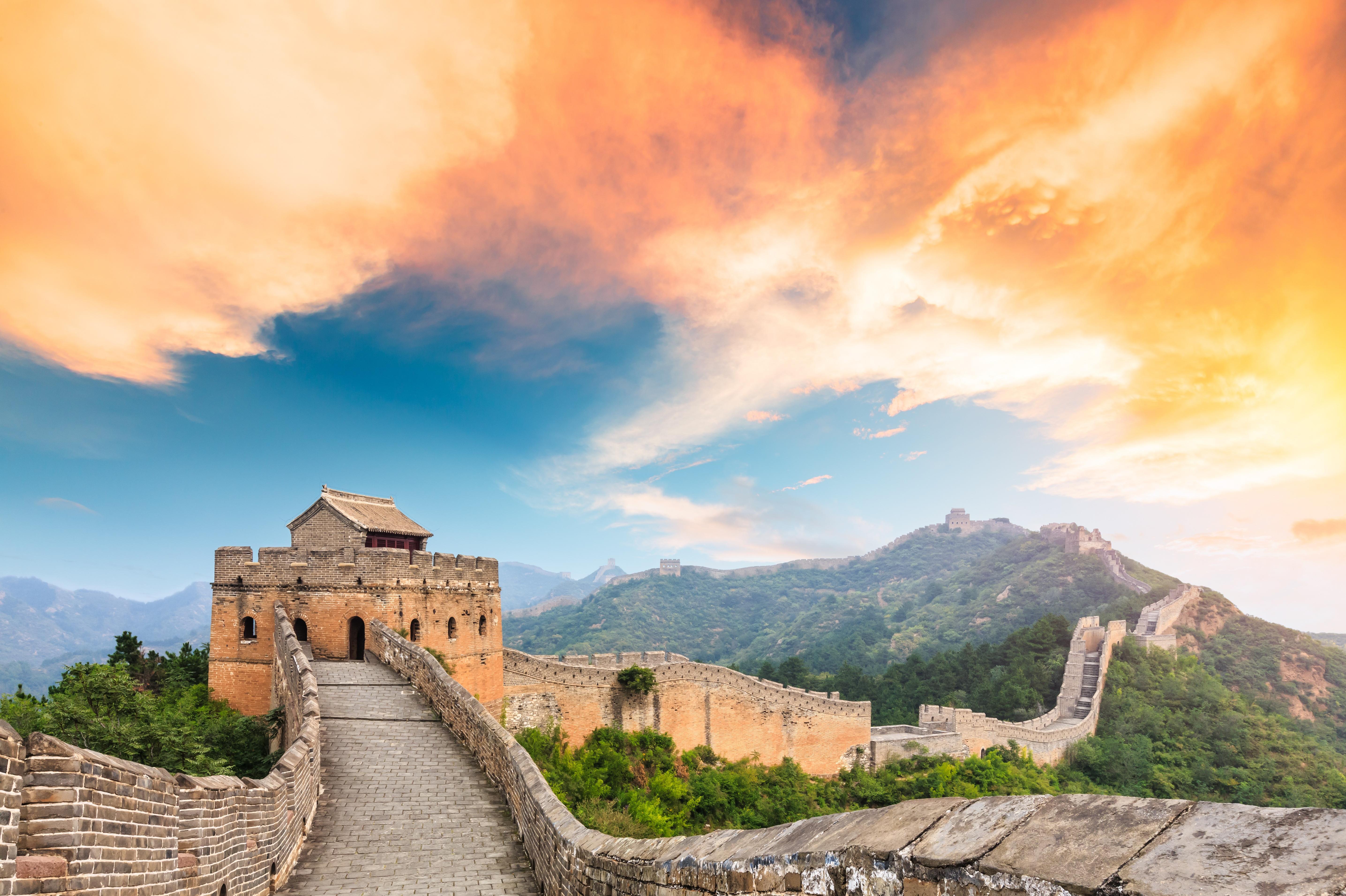 北京长城定陵奥林匹克公园1日当地游五环内免费接、含午餐、爬长城做好汉、探秘地下宫殿、外观鸟巢水立方