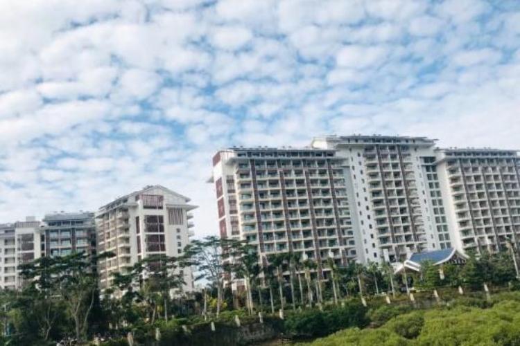 惠州巽寮湾两日游,入住海尚湾畔湾景房,无边界泳池、楼下就是沙滩2日半自助跟团游