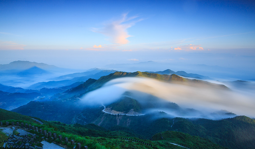武夷山-天游峰-九曲溪漂流-高铁3日2晚跟团游