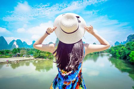 桂林、漓江、阳朔、象山动车3日2晚跟团游