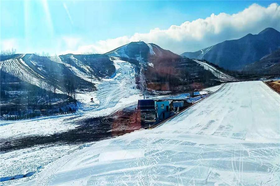 宁夏娅豪国际滑雪度假区