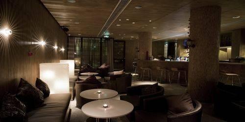 家庭式靠墙酒吧台设计图欧式