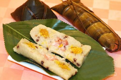 [转载]端午节吃粽子  wbr>端午节粽子图片