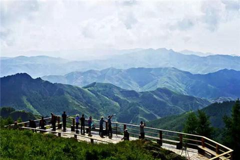 苏木山和双凤湖旅游度假区哪个好玩_苏木山和凛花忌果攻略图片