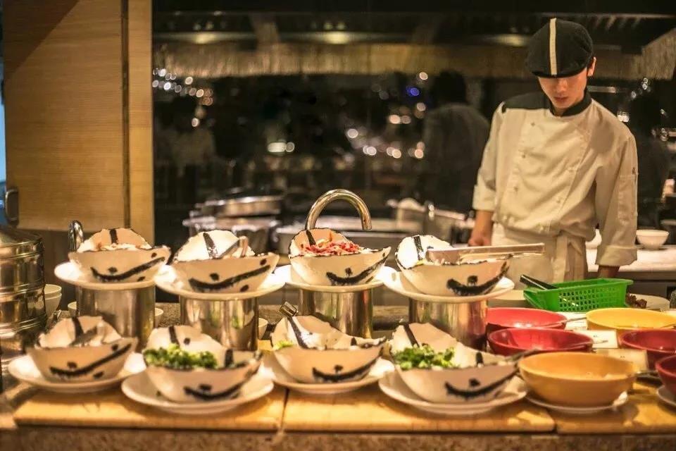 【松江区】¥998上海东方佘山索菲特大酒店豪华房1间2晚或2间1晚+门票、餐饮特价优惠套餐
