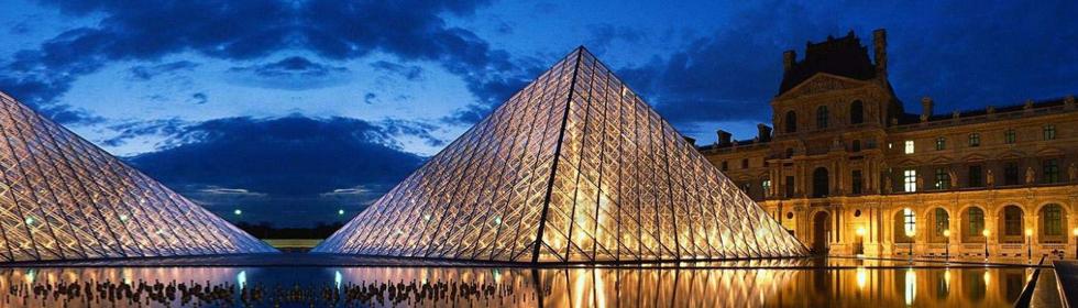 法国的标志之一:卢浮宫旅游攻略