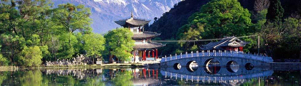 十一去哪里旅游最好?大理古城--秋阳普照,天是透明的蓝