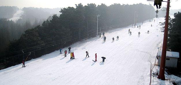 沈阳棋盘山滑雪场门票