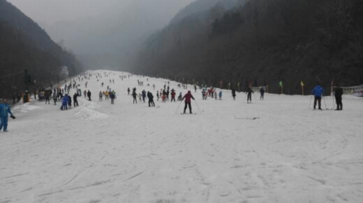 翠华山滑雪场 成人票【春节滑雪】